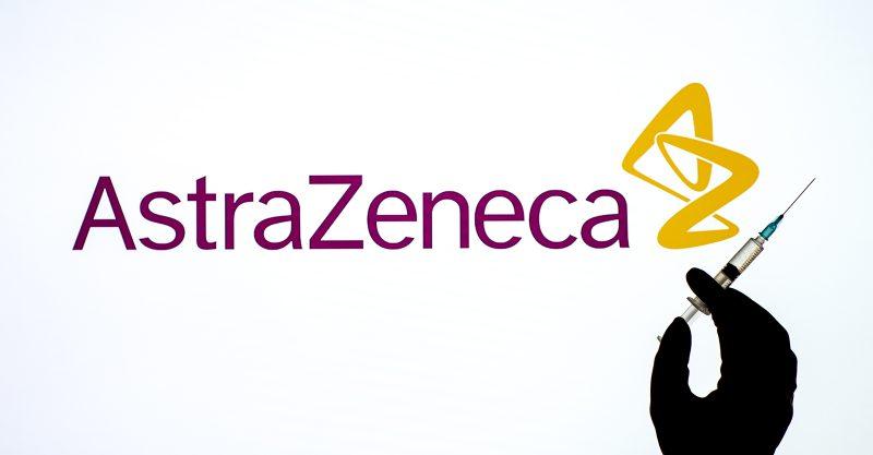 Plus de 20 pays ont suspendu ou annoncé qu'ils allaient retarder la vaccination Oxford-AstraZeneca.