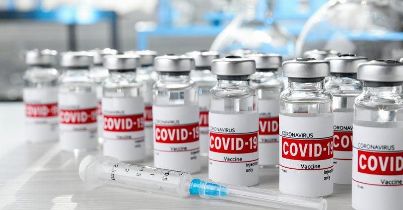 Die Zahl der gemeldeten unerwünschten Ereignisse nach COVID-Impfungen überstieg für alle Altersgruppen in dieser Woche die Zahl von329.000.