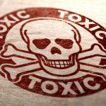 """Según la EPA, el producto 'Grignard Pure' tiene la capacidad de """"permear y matar..."""