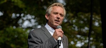 Robert F. Kennedy, Jr. at Green Our Vaccines Rally