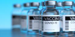Una médica de la UCI detalló su preocupación por las reacciones adversas, incluidas las muertes, que presenció en personas que habían recibido la vacuna COVID.